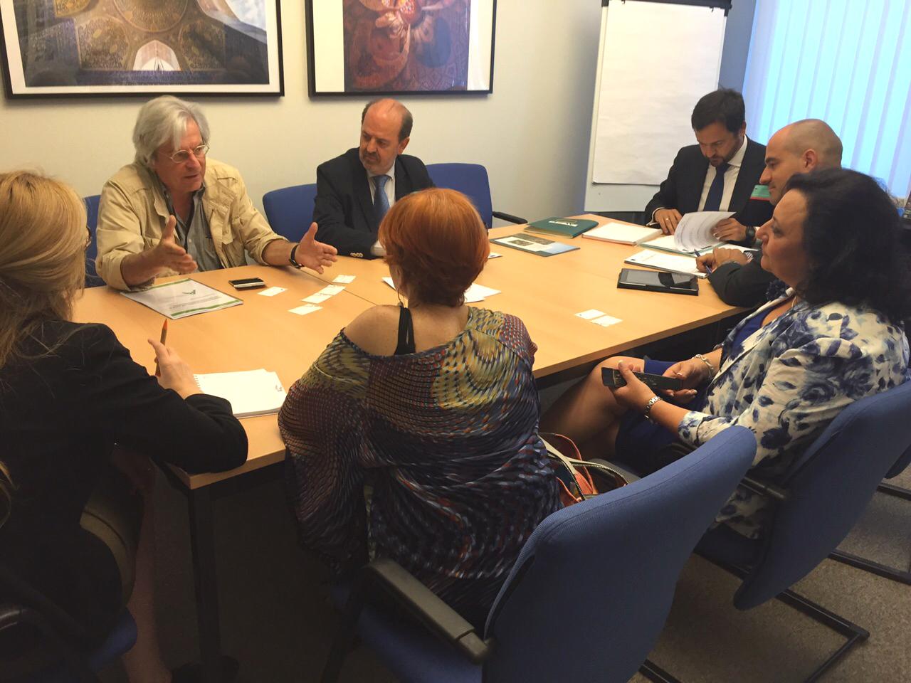 Eurodiputados se comprometen con AAEF a defender en Europa los potenciales del monte andaluz
