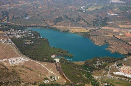 La CHG adjudica a Trafisa el acondicionamiento y mantenimiento de la zona recreativa del embalse de Cubillas (Granada)